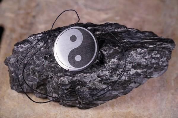 Schungit Anhänger rund, Yin und Yang silber Ø ca.2.5-3cm
