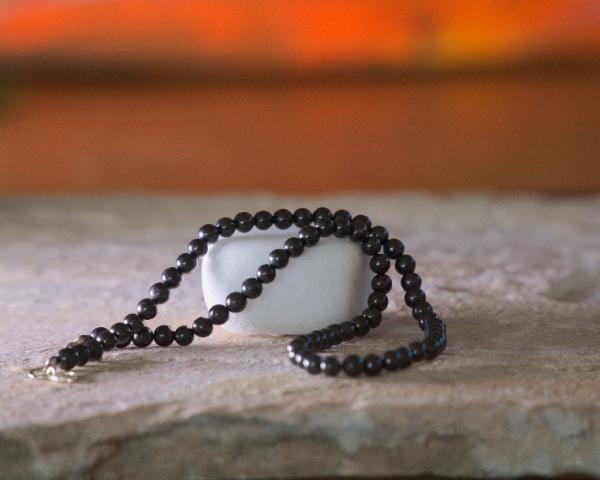 Schungit Perlen-Kette 5mm