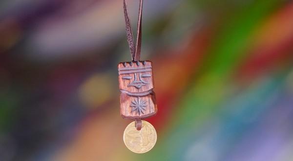 Dyaryk Mann,Talisman des Wohlstandes, sib. Zeder, 3-4 cm