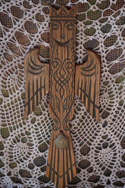 """Heimwächter aus Zedernholz """"Prophetische Sirin"""" 45cm, aus Altai"""