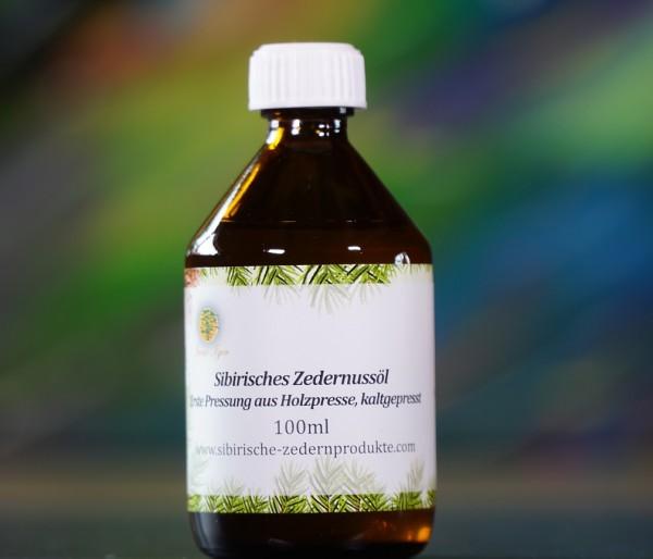 sibirisches Zedernussöl aus Holzpresse