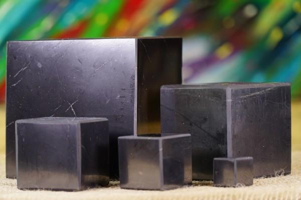 Schungit Würfel poliert - verschiedene Größen