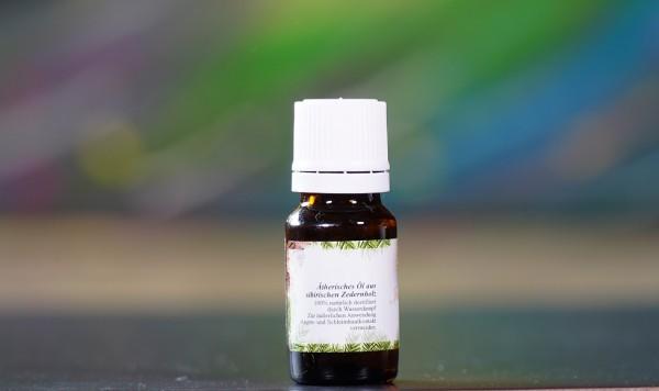 ätherisches Öl aus sibirischen Zedernholz, 10ml