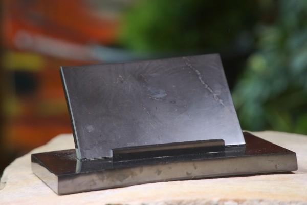 Schungit Untersteller für Computer, Tablet oder Handy