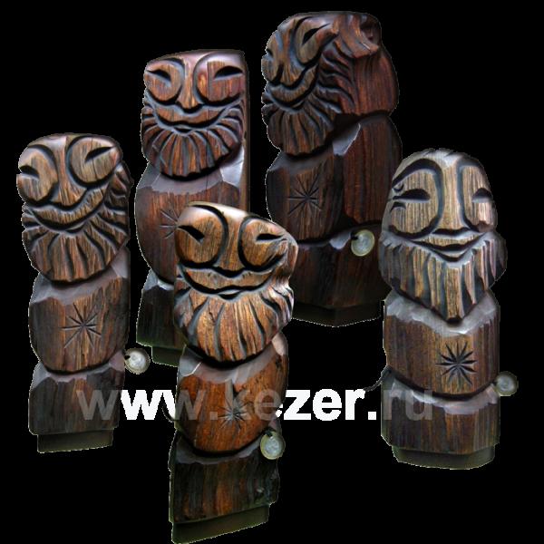 Dyaryk männlich, Talisman des Wohlstands aus sib. Zedernholz, 32 cm