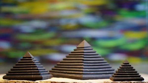Stufen Pyramide, verschiedene Größen